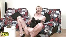 Yang muda koleksi video awek psikologi berehat Blonde dan dia dalam sesi