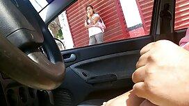 Dua orang gambar melayu lucah sedang sibuk bercinta dengan seorang gadis.