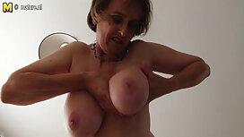 Indah Sonya dengan payudara video bogel tudung besar