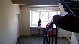 Suami Blowjob di video lucah awek melayu tudung ruang tamu