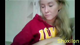 Wanita inggris memberikan suaminya blowjob. video lucah awek bertudung