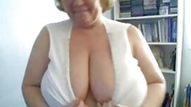 Urutan video lucah awek baju kurung untuk gadis manis pesona